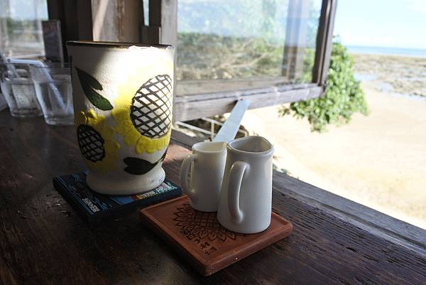 日本沖縄県浜辺の茶屋 (22).JPG