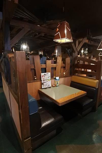 日本沖縄県ハンバーグレストランびっくりドンキーりうぼう天久店 (20).JPG