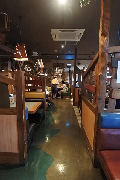 日本沖縄県ハンバーグレストランびっくりドンキーりうぼう天久店 (19).JPG