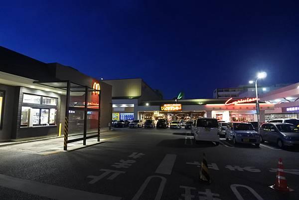 日本沖縄県ハンバーグレストランびっくりドンキーりうぼう天久店 (30).JPG