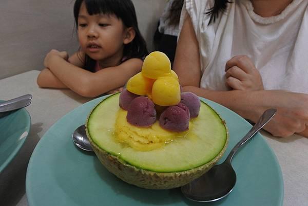 台南市泰成水果店 (5).JPG