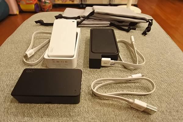 Q-SWAP 極速得電行動電源系統15600-UV黑白雙色配 (9).JPG