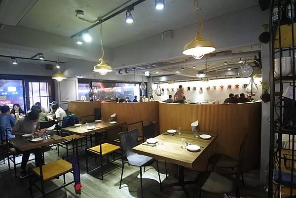 台北市飯BAR mini 忠孝店 (7).JPG