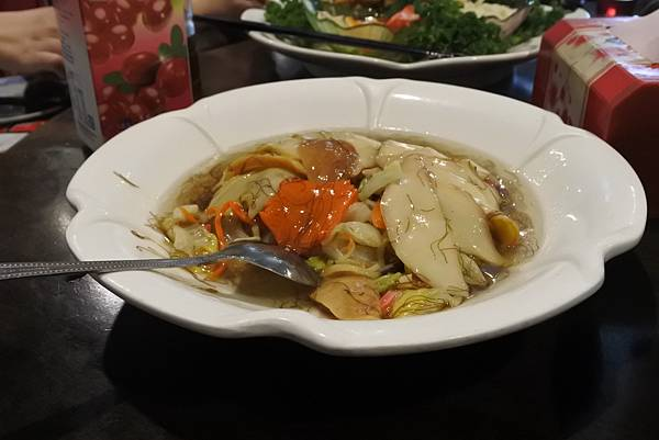 宜蘭縣羅東鎮駿懷舊餐廳 (13).JPG