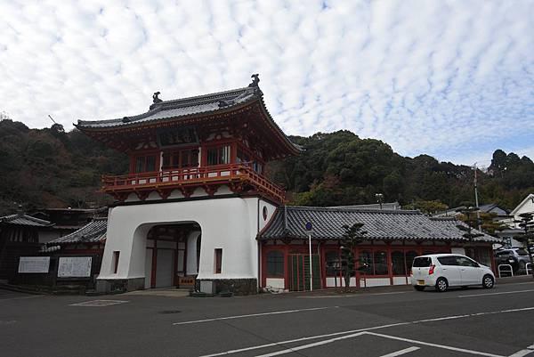 日本佐賀県武雄溫泉車站週邊 (21).JPG