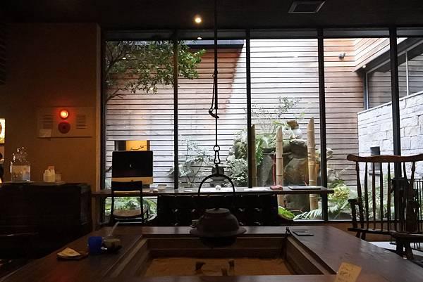 日本佐賀県吉田屋:談話室 (3).JPG
