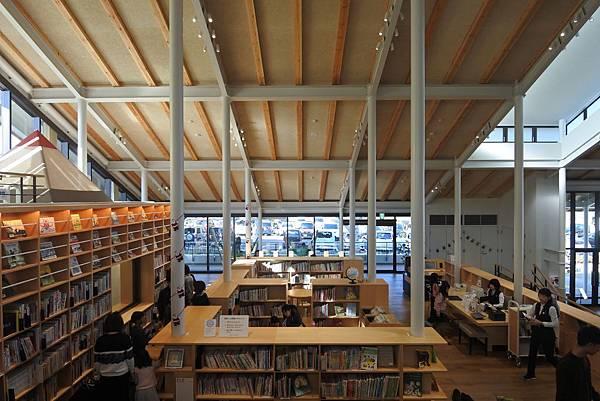 日本佐賀県武雄市こども図書館店 (11).JPG