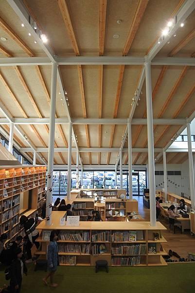 日本佐賀県武雄市こども図書館店 (12).JPG