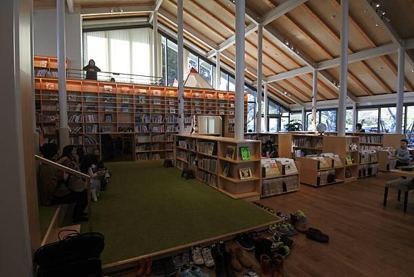 日本佐賀県武雄市こども図書館店 (33).JPG