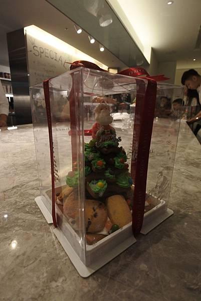 亞亞的薑餅耶誕樹 (33).JPG