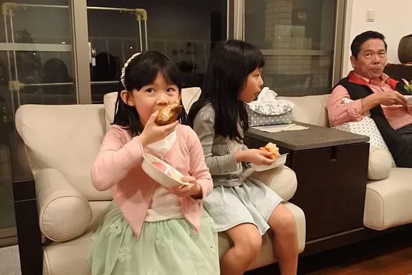 亞亞的2017歡樂過耶誕 (10).JPG