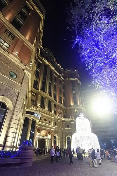 台北文華東方酒店耶誕燈飾 (11).JPG