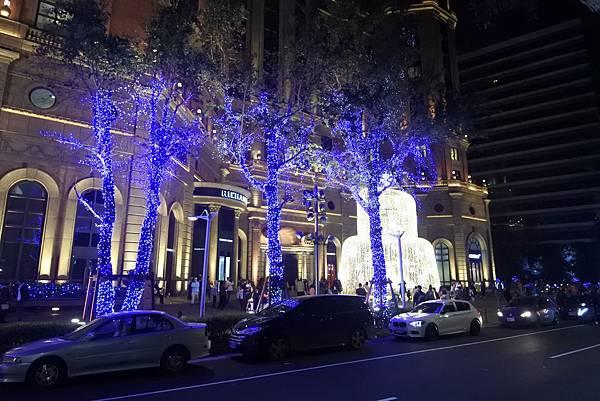 台北文華東方酒店耶誕燈飾 (12).JPG