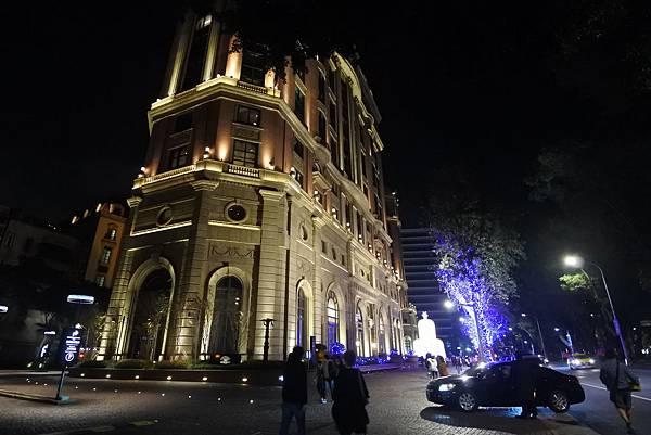 台北文華東方酒店耶誕燈飾 (28).JPG