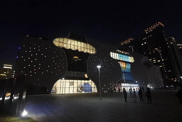亞亞的歌劇院散步 (4).JPG