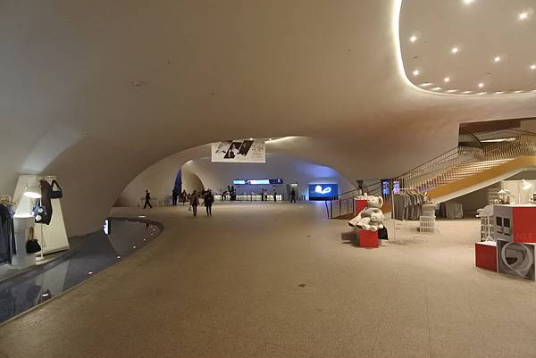 亞亞的歌劇院散步 (22).JPG