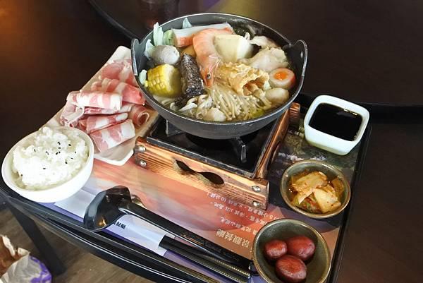 新竹市101高山頂景觀餐廳 (11).JPG