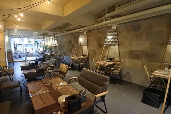 台北市薄多義義式手工披薩復南店 (49).JPG
