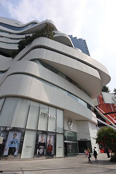 泰國曼谷EMQUARTIER:THE GLASS QUARTIER (1).JPG