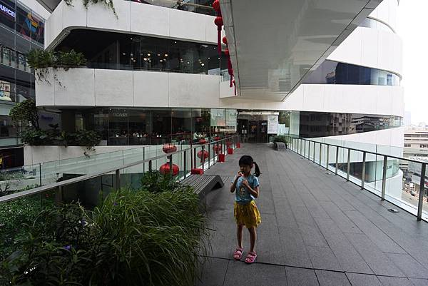 泰國曼谷EMQUARTIER:THE GLASS QUARTIER (15).JPG