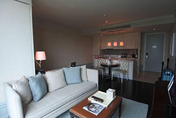 泰國曼谷ORIENTAL RESIDENCE BANGKOK:One Bedroom Suite Park View (4).JPG
