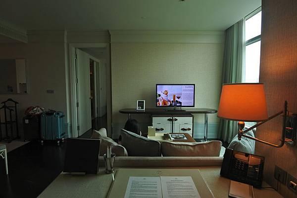 泰國曼谷ORIENTAL RESIDENCE BANGKOK:One Bedroom Suite Park View (7).JPG