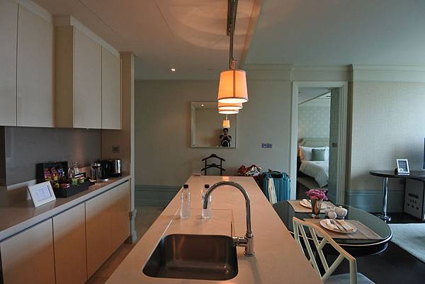 泰國曼谷ORIENTAL RESIDENCE BANGKOK:One Bedroom Suite Park View (9).JPG