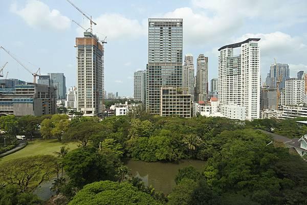 泰國曼谷ORIENTAL RESIDENCE BANGKOK:One Bedroom Suite Park View (37).JPG