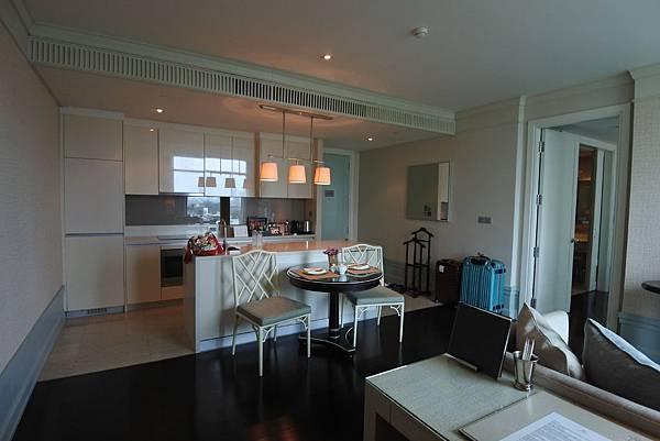泰國曼谷ORIENTAL RESIDENCE BANGKOK:One Bedroom Suite Park View (3).JPG
