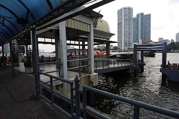 亞亞的泰國Free shuttle boat初體驗 (9).JPG