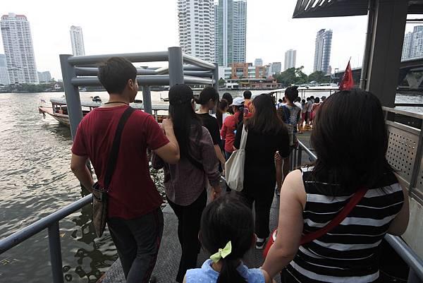 亞亞的泰國Free shuttle boat初體驗 (11).JPG
