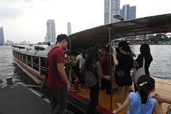亞亞的泰國Free shuttle boat初體驗 (12).JPG