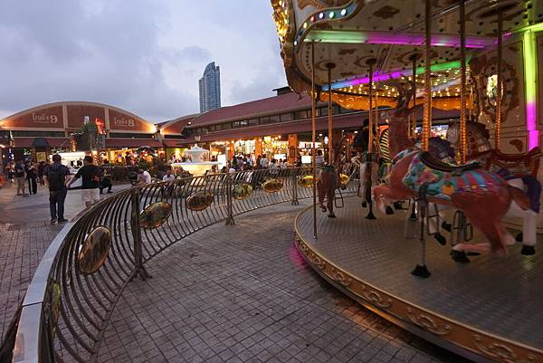 泰國曼谷ASIATIQUE THE RIVERFRONT (17).JPG