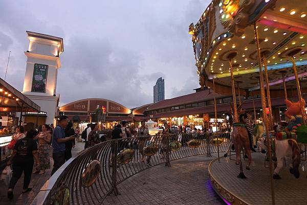 泰國曼谷ASIATIQUE THE RIVERFRONT (18).JPG