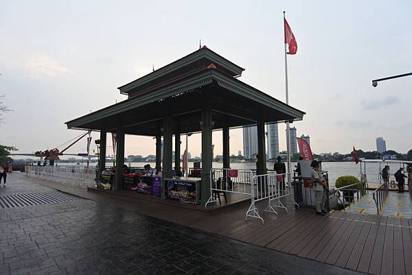 泰國曼谷ASIATIQUE THE RIVERFRONT (45).JPG