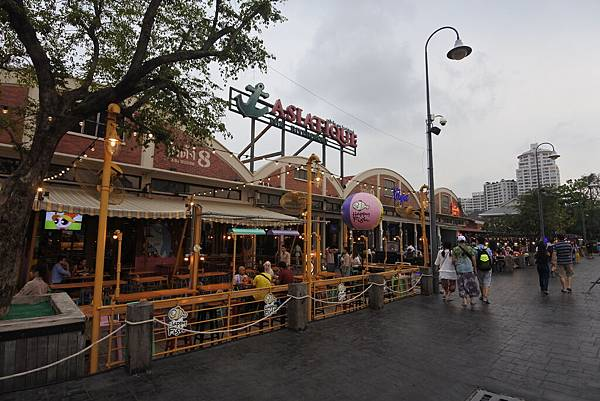 泰國曼谷ASIATIQUE THE RIVERFRONT (49).JPG