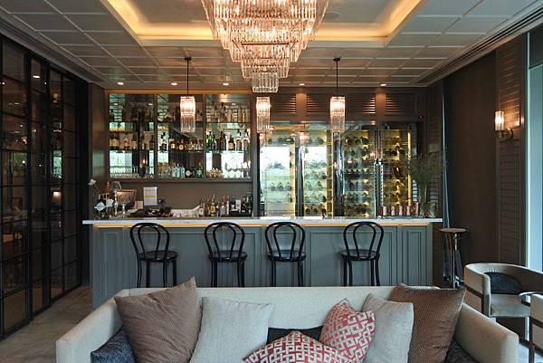 泰國曼谷ORIENTAL RESIDENCE BANGKOK:Oriental Bar (2).JPG