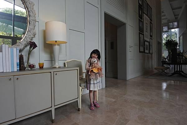 泰國曼谷ORIENTAL RESIDENCE BANGKOK:大廳 (6).JPG