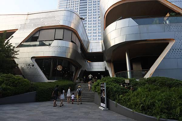 泰國曼谷central world (1).JPG