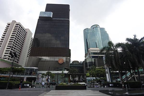 泰國曼谷central world (11).JPG