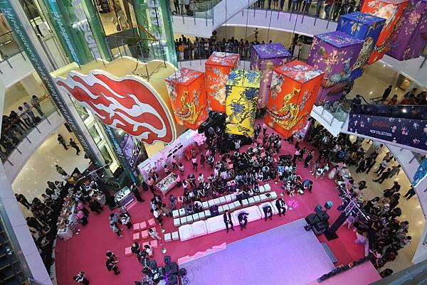 泰國曼谷central world (17).JPG
