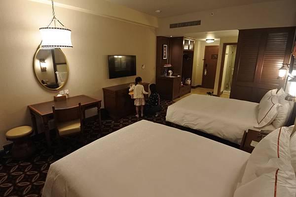 香港迪士尼探索家度假酒店:豪華客房 (6).JPG