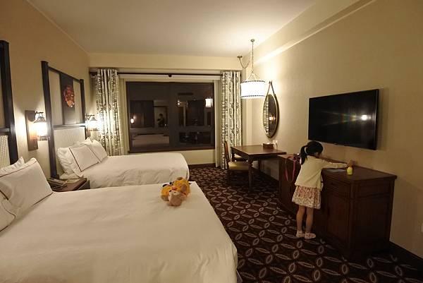 香港迪士尼探索家度假酒店:豪華客房 (13).JPG