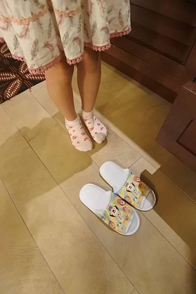 香港迪士尼探索家度假酒店:豪華客房 (15).JPG