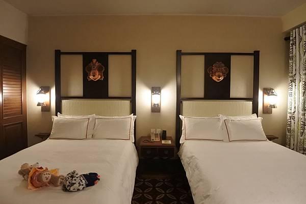 香港迪士尼探索家度假酒店:豪華客房 (17).JPG