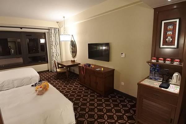 香港迪士尼探索家度假酒店:豪華客房 (21).JPG