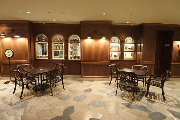 香港迪士尼探索家度假酒店:星航圖咖啡廳 (15).JPG