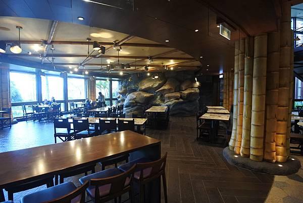 香港迪士尼探索家度假酒店:星航圖咖啡廳 (18).JPG