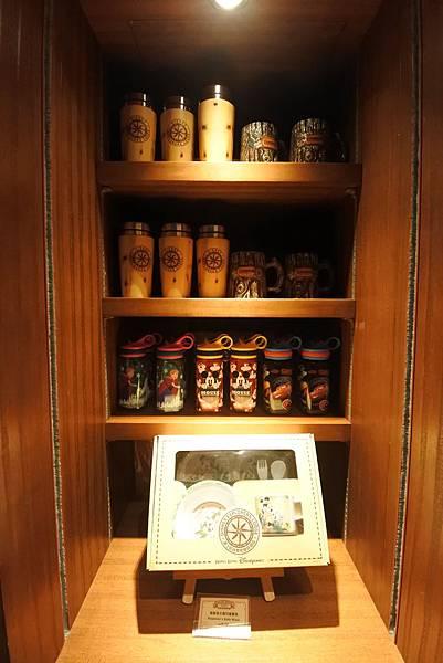 香港迪士尼探索家度假酒店:星航圖咖啡廳 (20).JPG
