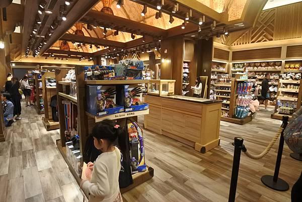 香港迪士尼探索家度假酒店:叢林商店 (7).JPG